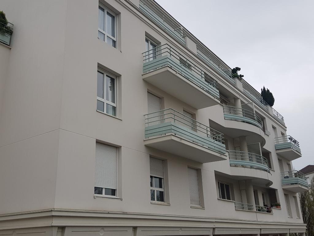 Appartement Eaubonne 1 pièce(s) 21.90 m2