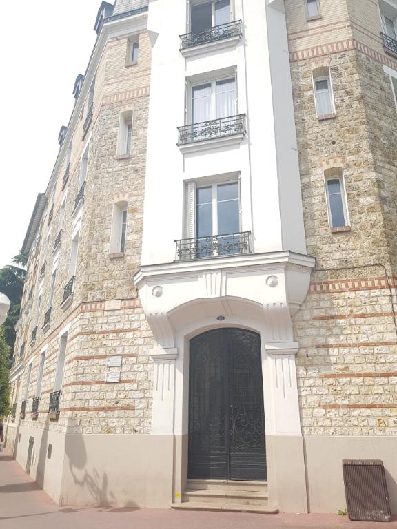 Appartement Enghien Les Bains 3 pièce(s) 62.86 m2